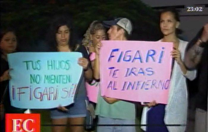 Protestas contra Figari