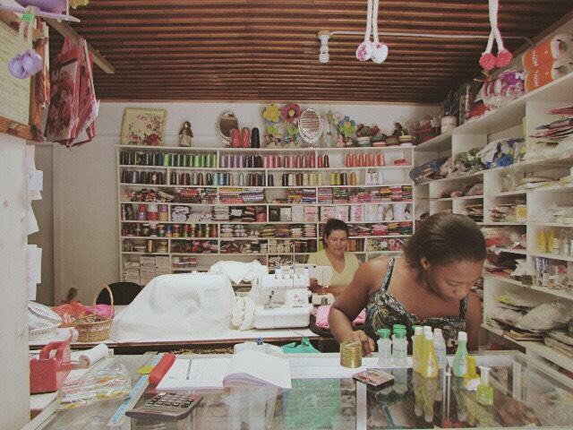 Bazar_Rosa y Pederline